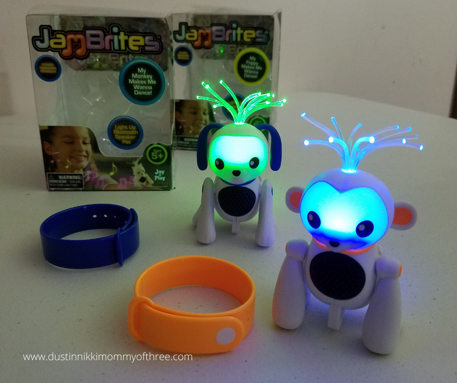 JamBrites Bluetooth Speaker Pets